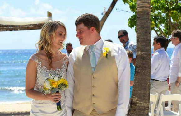 #WeddingWednesday –  Congratulations Mr. and Mrs. Stearns!
